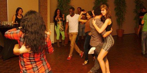 Qual a dança de salão combina mais com você?